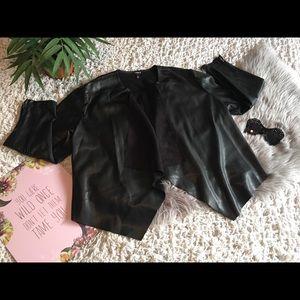 TORRID Black Faux Leather Jacket sz 4 Gorgeous! 🖤